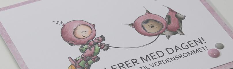 Bursdagskort Linnea Mo Manning Space Walk skrått front PS