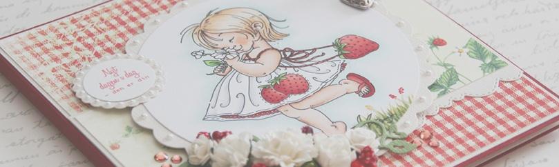 Mo Manning Strawberry Girl front skrått PS
