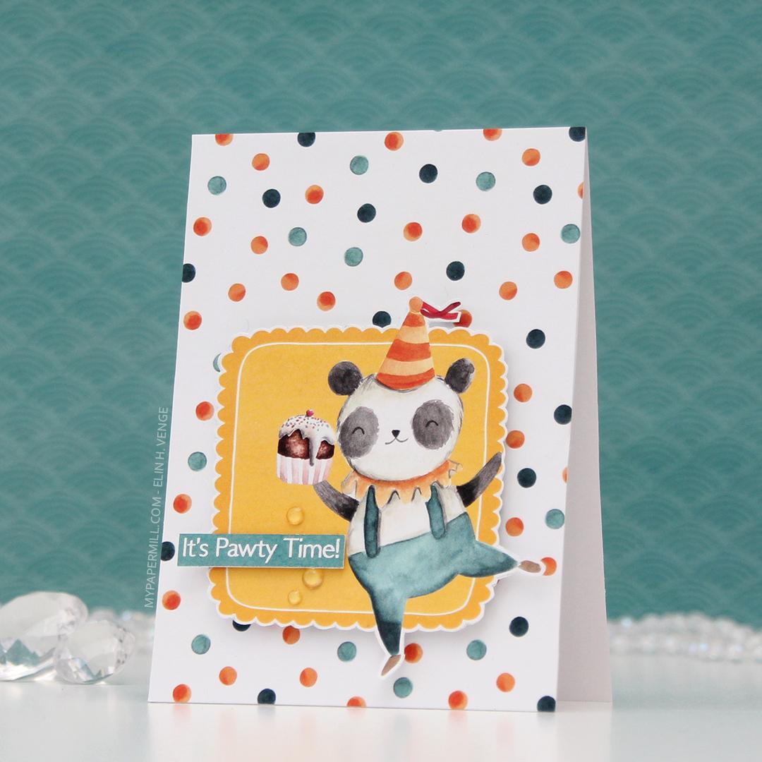 HK P13 It's Pawty Time panda med cupcake front skrått