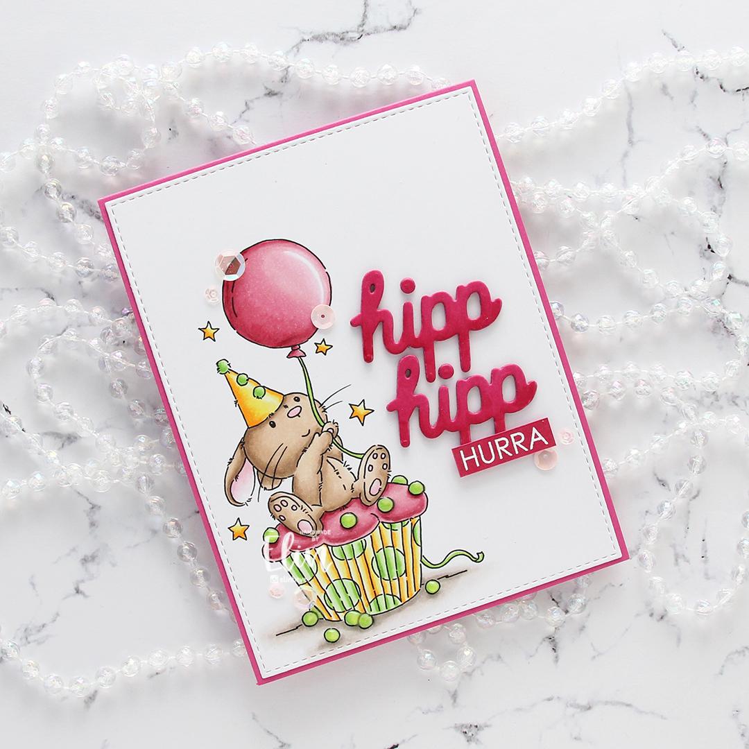 Lili of the Valley Cupcake Bunny flatlay skrått